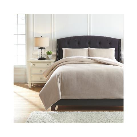 Mayda Comforter Set
