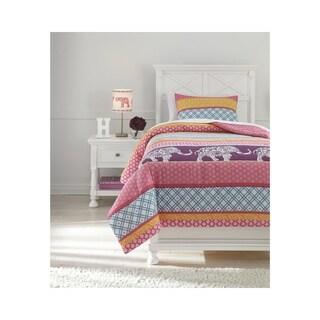 Signature Design by Ashley Meghana Comforter Set