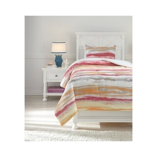 Signature Design by Ashley Tammy Comforter Set