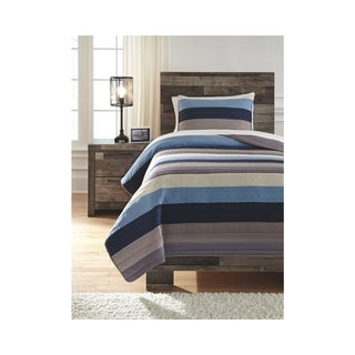 Signature Design by Ashley Winifred Comforter Set