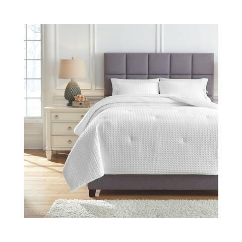Maurilio Comforter Set