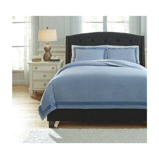 Signature Design by Ashley Farday Duvet Cover Set
