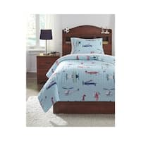 Signature Design by Ashley McAllen Quilt Set