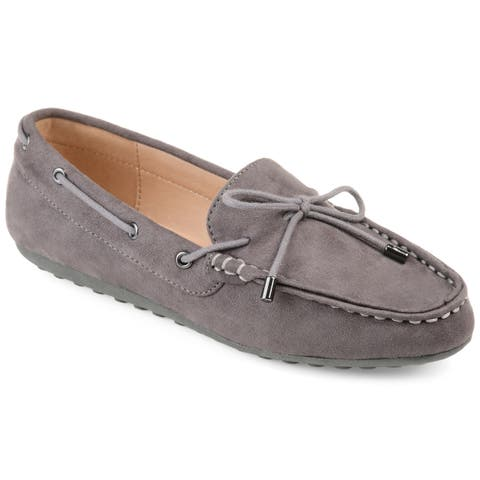 Journee Collection Women's 'Thatch' Comfort-sole Slip-on Loafers
