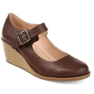 Journee Collection Women's 'Radia' Comfort-sole Classic Mary Jane Wedges