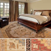 Hand-Tufted Brown Hand-Tufted Haru Bordered Wool Rug (9' x 13') - 9' x 13'