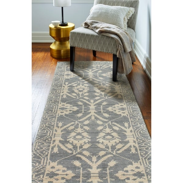 "Olympia Slate Transitional Area Rug - 2'6"" x 8' Runner"