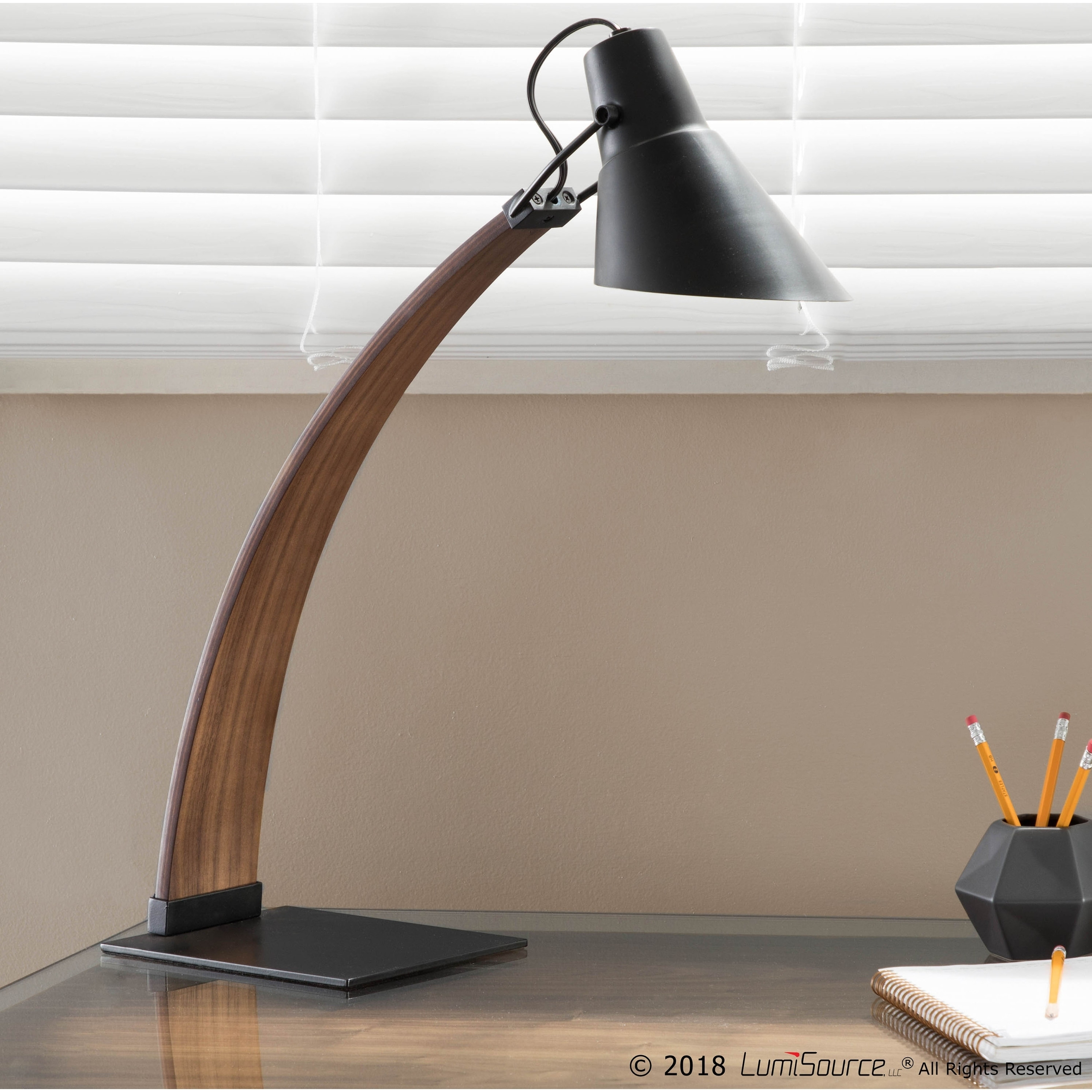 Noah Mid-Century Modern Wood and Metal Table Lamp