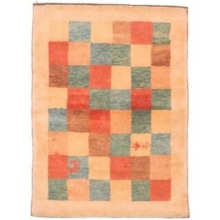 eCarpetGallery Hand-knotted Kashkuli Gabbeh Light Gold Wool Rug (3'8 x 4'11) - 3'8 x 4'11