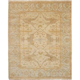eCarpetGallery Hand-knotted Royal Ushak Beige Wool Rug (8'1 x 10'0) - 8'1 x 10'0