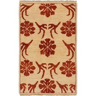 eCarpetGallery Hand-knotted Chobi Finest Cream Wool Rug - 2'8 x 4'3