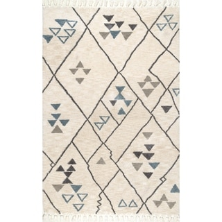 nuLOOM Natural Soft Plush Modern Contemporary Tassel Area Rug (Natural - 26 x 8 Runner)