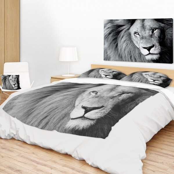 Designart 'Lion Head In Grey' Animal Throw Blanket Free Shipping Simple Lion Blanket Or Throw