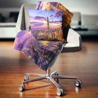 Designart 'City of Taipei at Sunset' Cityscape Throw Blanket