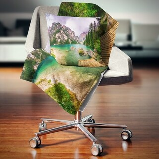 Designart 'Mountain Lake Between Mountains' Landscape Fleece Throw Blanket