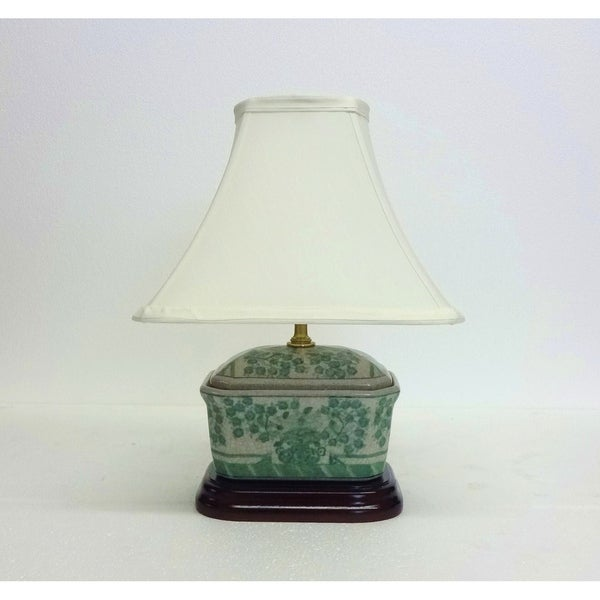 Green Clusters Porcelain Octagon Cover Box Lamp