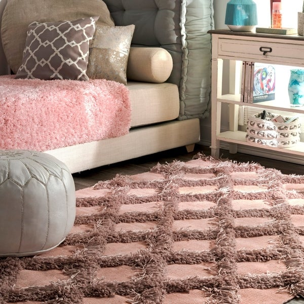 Shop nuLOOM Pink Soft and Plush Shag Diamond Raised Trellis Area Rug ...