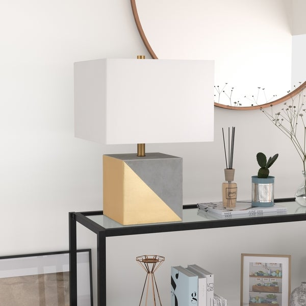 Severin table lamp in gold dipped concrete