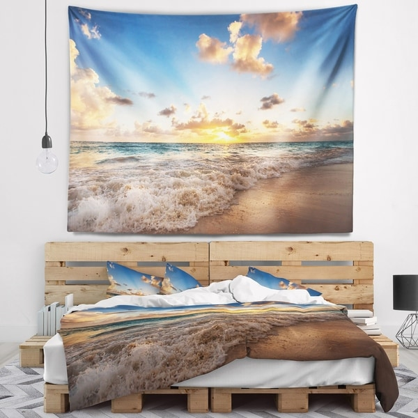Designart 'Sunrise on Beach of Caribbean Sea' Seashore Wall Tapestry
