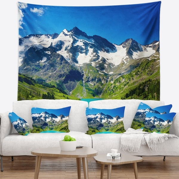 Designart 'Green Mountain Lake' Photography Wall Tapestry