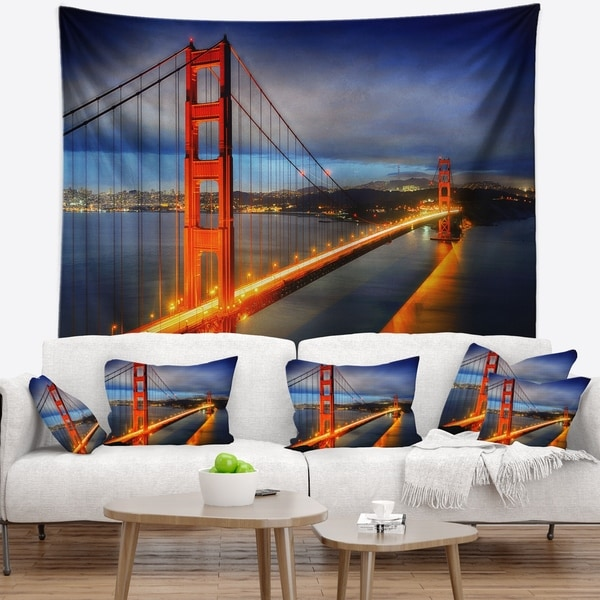 Designart 'Golden Gate Bridge' Landscape Photography Wall Tapestry