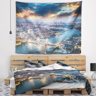 Designart 'Aerial View of London at Dusk' Cityscape Photo Wall Tapestry
