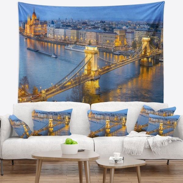 Designart 'Chain Building and Parliament in Budapest' Cityscape Wall Tapestry