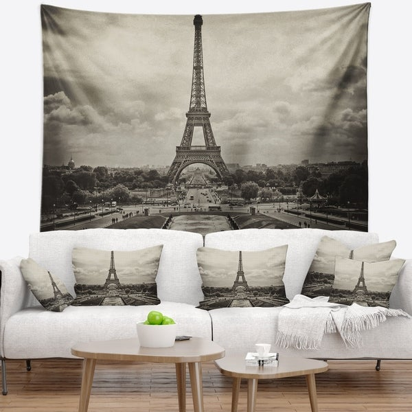Designart 'Vintage View of Paris France' Cityscape Photo Wall Tapestry