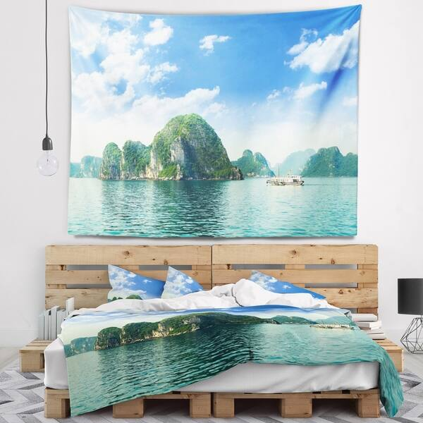 Designart Ha Long Bay In Vietnam Seascape Wall Tapestry Overstock 20885894