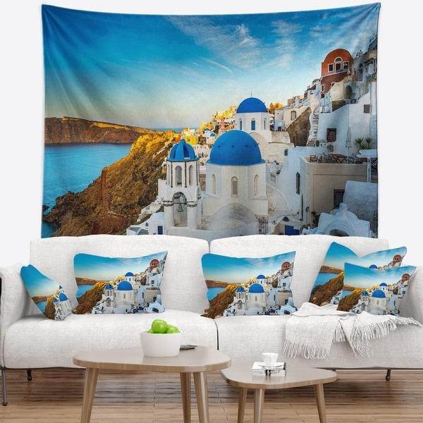 Designart 'Beautiful Santorin Houses Greece' Cityscape Art Wall Tapestry