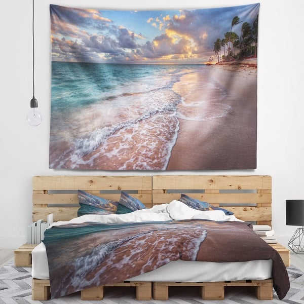 Designart 'Palm Trees on Clear Sandy Beach' Seashore Wall Tapestry