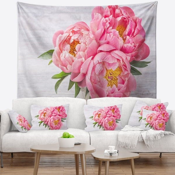 Designart 'Bunch of Peony Flowers In Vase' Floral Wall Tapestry