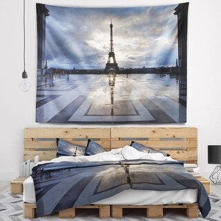 Designart 'Reflection of Paris Eiffel TowerWith Clouds' Wall Tapestry