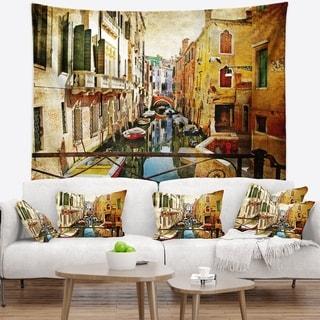 Designart 'Amazing Venice' Cityscape Wall Tapestry