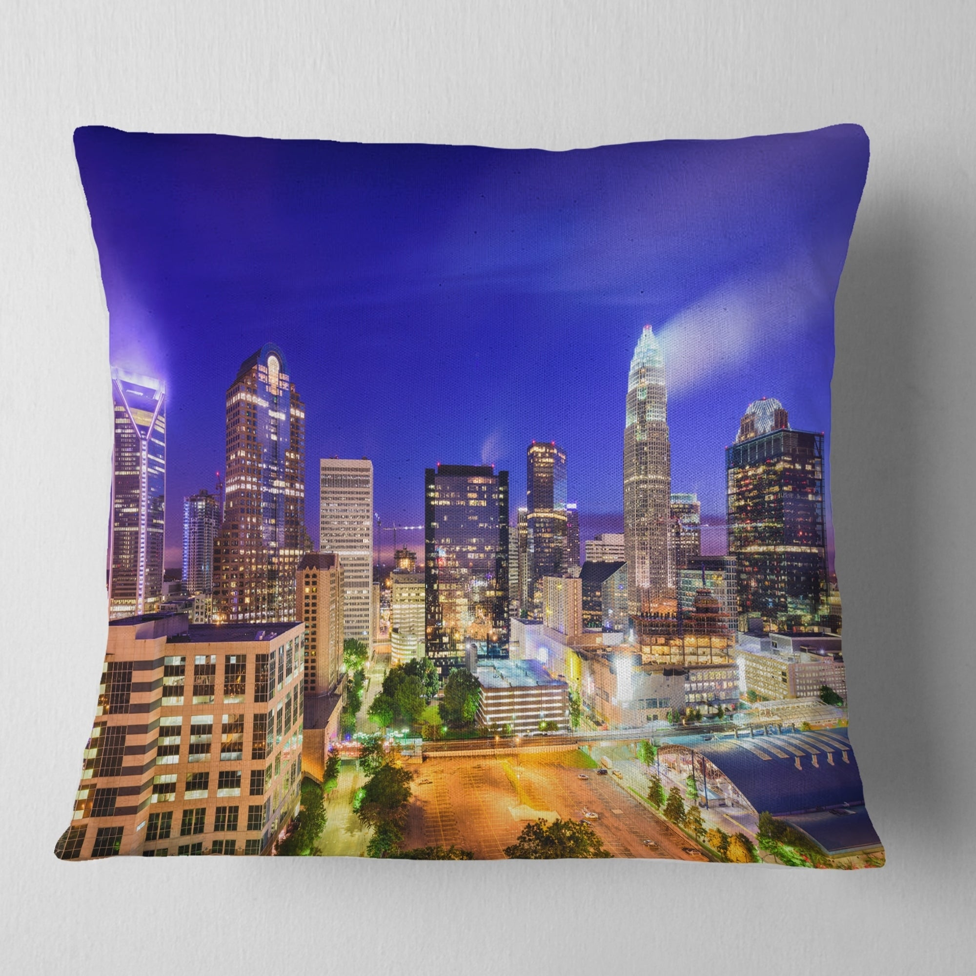 Designart Charlotte North Carolina Cityscape Cityscape Throw Pillow On Sale Overstock 20890380