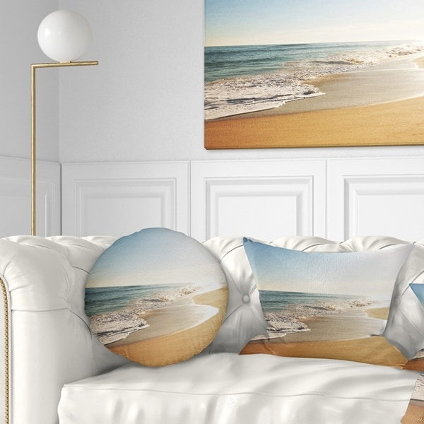 Designart 'Wide Seashore with Crystal Waters' Modern Beach Throw Pillow