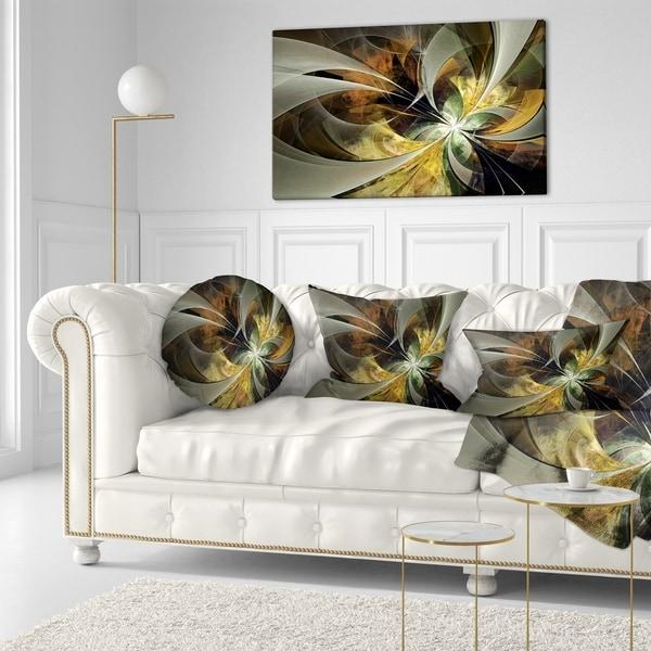 Designart 'Symmetrical Gold Fractal Flower' Floral Throw Pillow