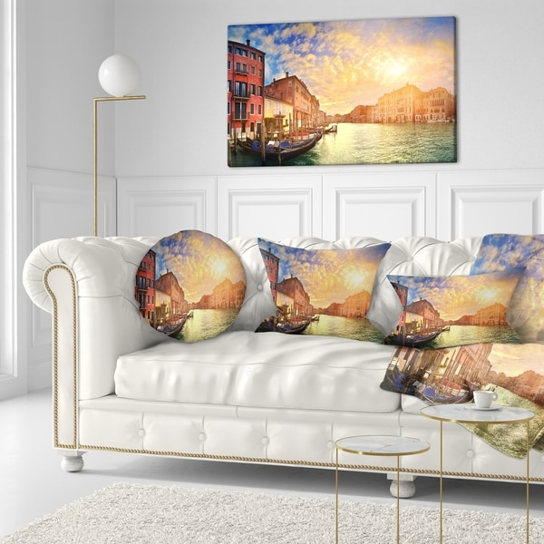 Designart 'Majestic Sunset over Venice' Cityscape Throw Pillow