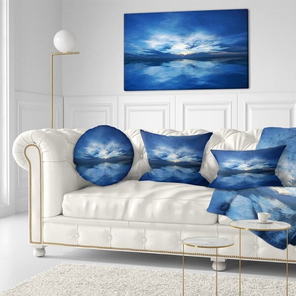 Designart 'Blue Waters and Blue Sky Sunset' Modern Seascape Throw Pillow