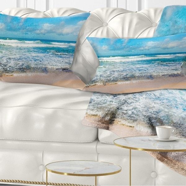 Designart 'Indian Ocean Panoramic View' Seashore Throw Pillow