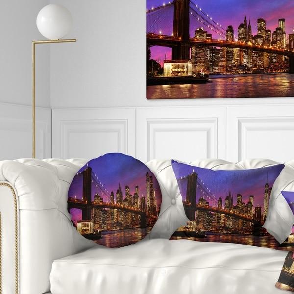 Designart 'Brooklyn Bridge and Manhattan at Sunset' Throw Pillow