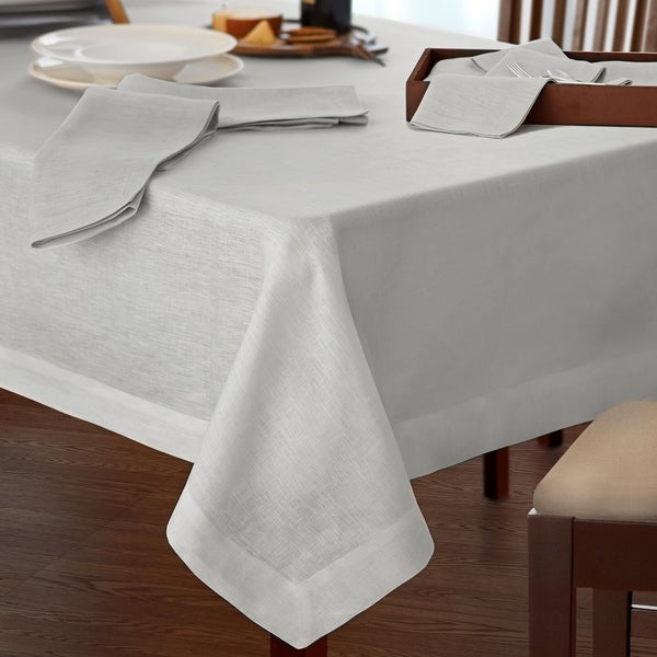 Villeroy and Boch La Classica Luxury Linen Fabric Tablecloth. Opens flyout.
