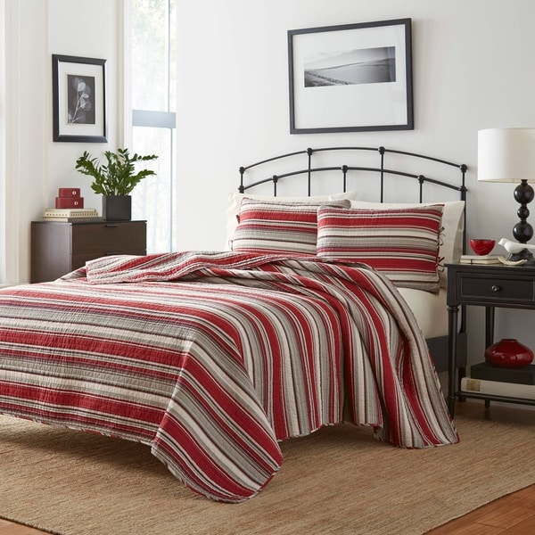 Stone Cottage Fresno Red Quilt Set