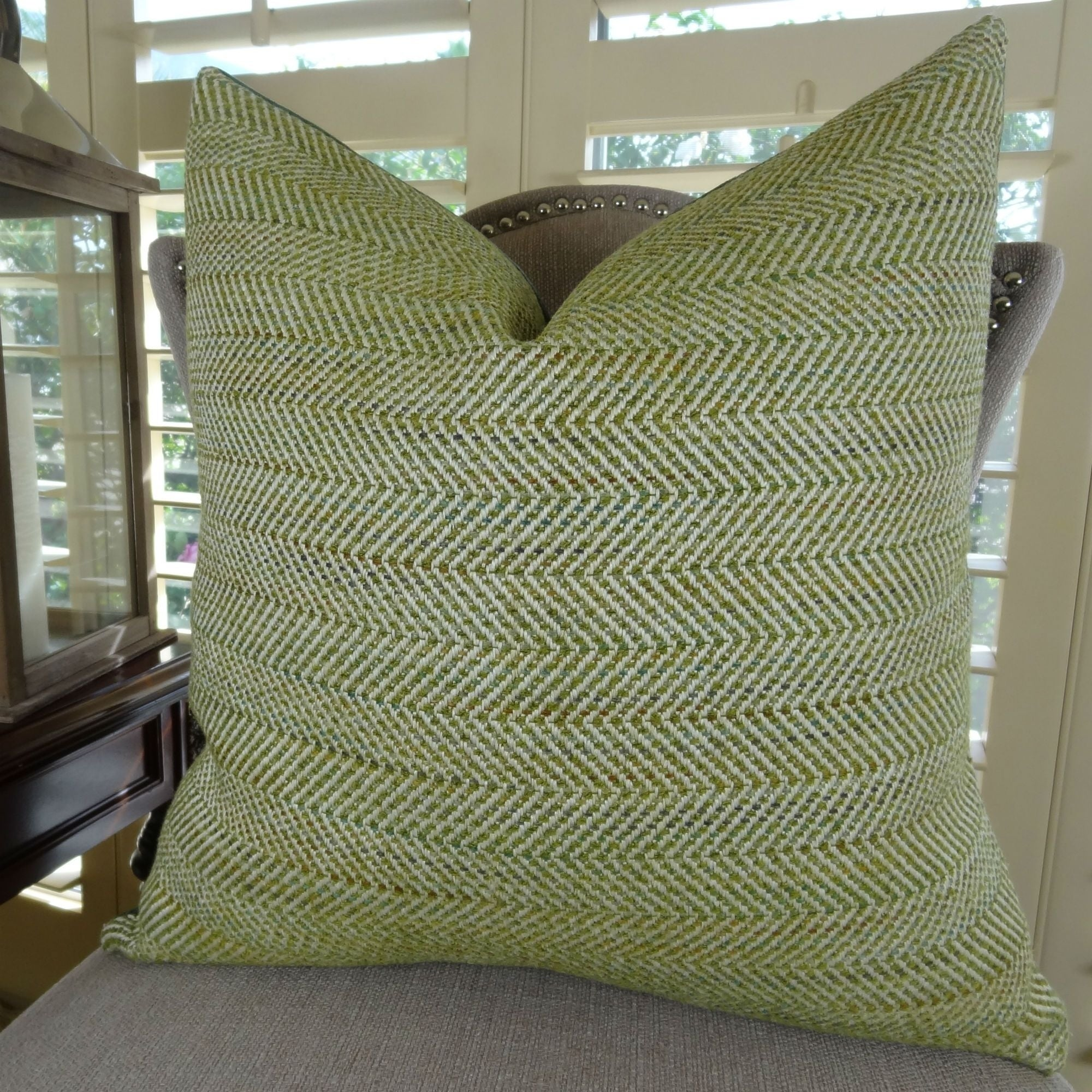 Thomas Collection Light Green Ivory Zig Zag Designer Couch Pillow, Handmade in USA, 11356D (Medium - Square - double sided 18 x 18)