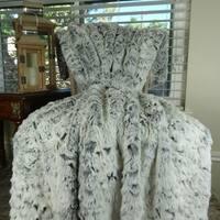 Thomas Collection Luxury Gray White Tissavel Faux Fur Throw Blanket, Handmade in USA, 16448T