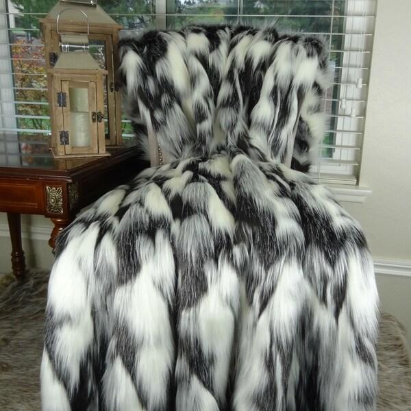 Thomas Collection Gray Black White Fox Faux Fur Throw Blanket, Handmade in USA, 16438B