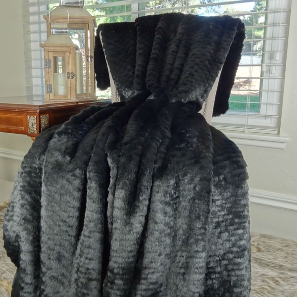 Thomas Collection Luxury Black Tissavel Faux Fur Throw Blanket, Handmade in USA, 16447B