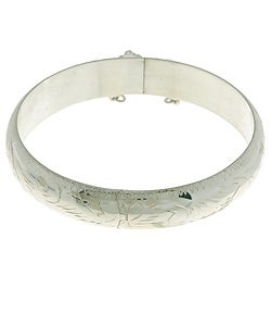 Sterling Essentials Sterling Silver 7-inch Engraved Bangle Bracelet (12mm)
