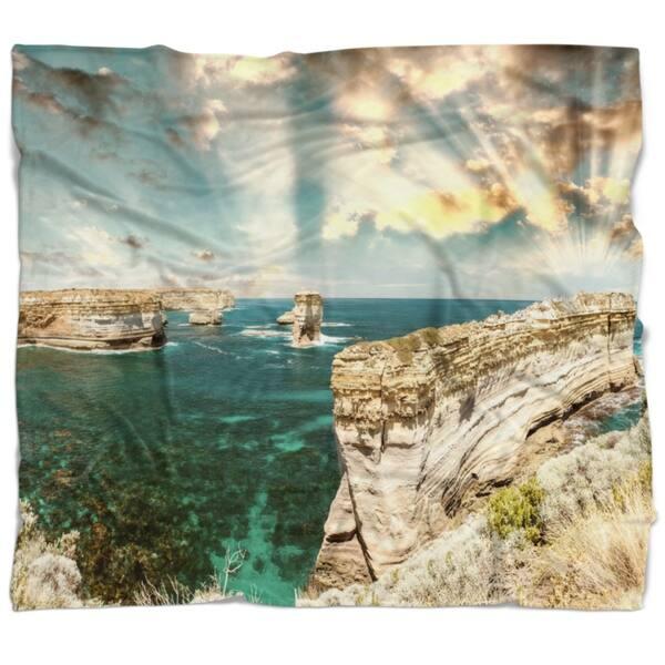 Designart Rocks At Great Ocean Road Victoria Seascape Throw Blanket On Sale Overstock 20913388 71 In X 59 In