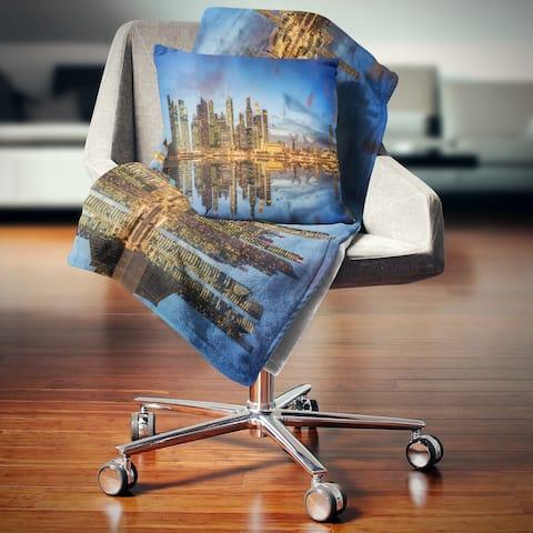 Designart 'Singapore Skyline and View of Marina Bay' Cityscape Throw Blanket